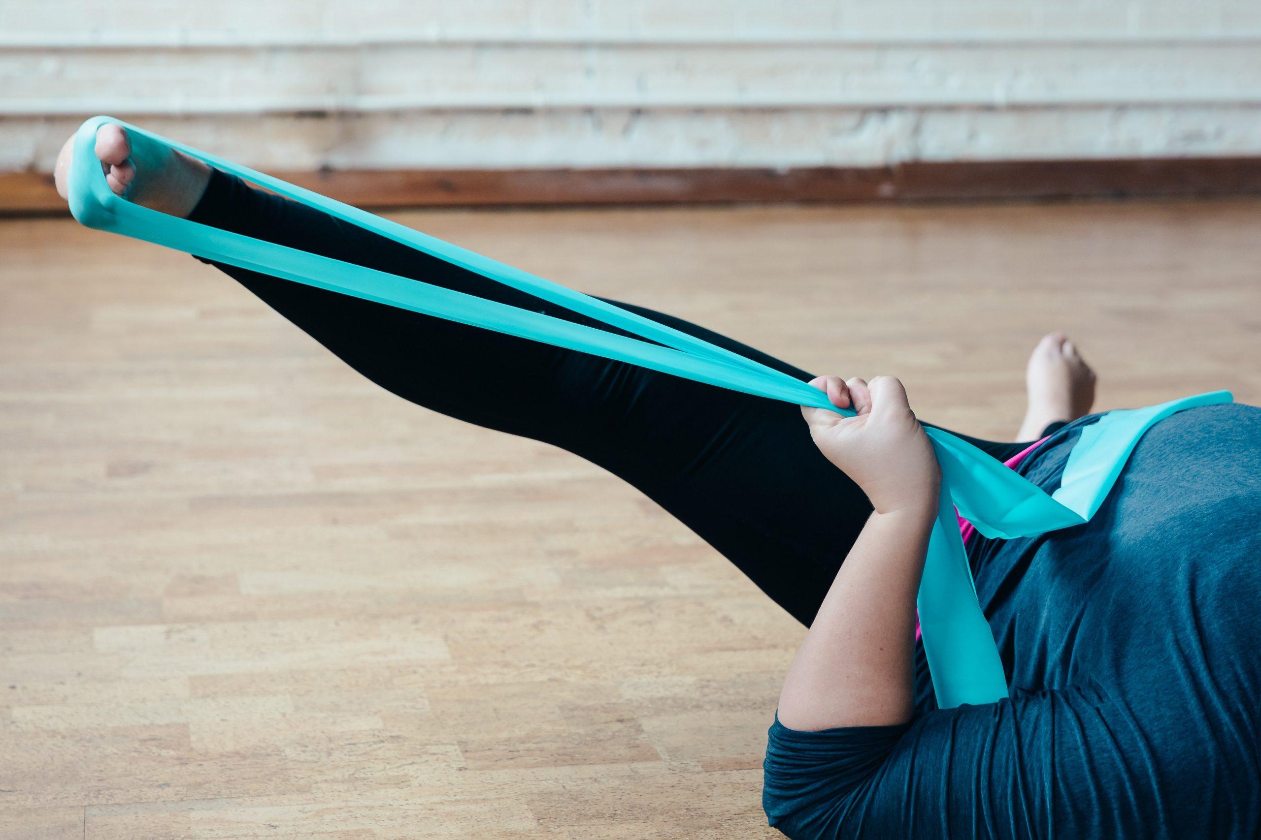 中元堂跌打理療可以處理各種痛症, 提供跌打上門服務,痛症治療,舒緩頭痛膝痛踭痛,由扭傷、撞傷或拗柴導致的肌肉酸痛,以古方跌打,中元堂推拿治療的手法舒緩身體痛楚,達到持續舒緩的目的